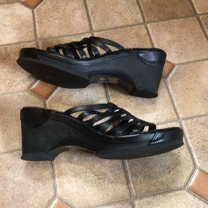 6d630e6a56e3e Harley-Davidson Shoes - Harley Davidson Black Leather thong wedge size 10